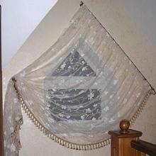 Нестандартные шторы для треугольных окон - рис.3