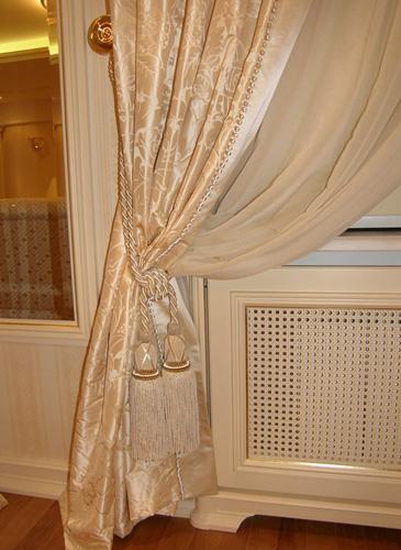 фото шелковые шторы