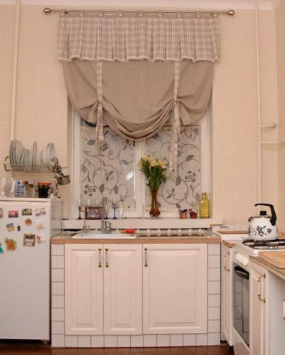 Шторы на кухню из льна