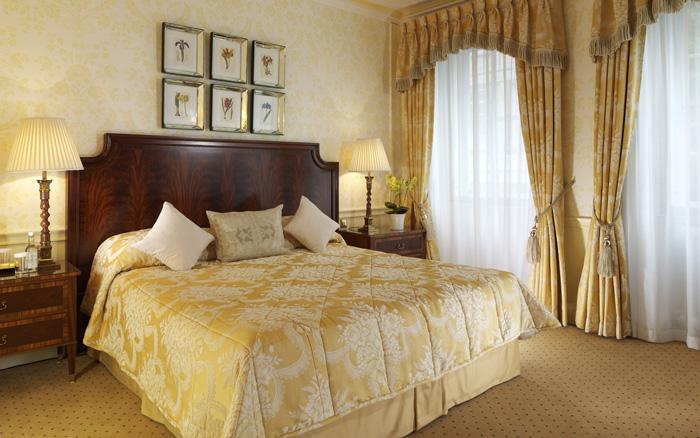 Гардины для спальни дизайн