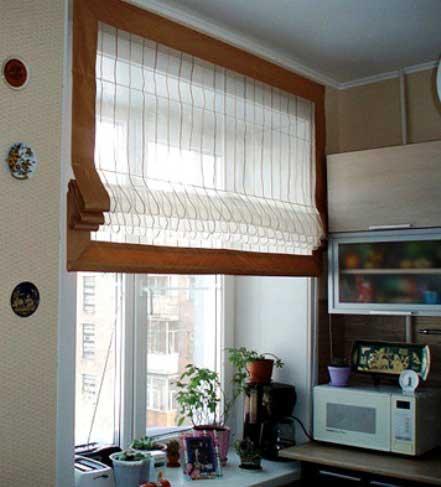 римская штора на кухню фото