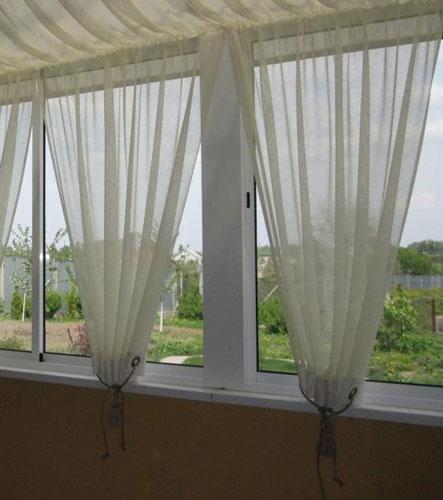 фото шторы на балконе